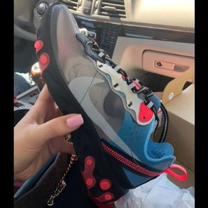 Nike React Element 87 Solar Red